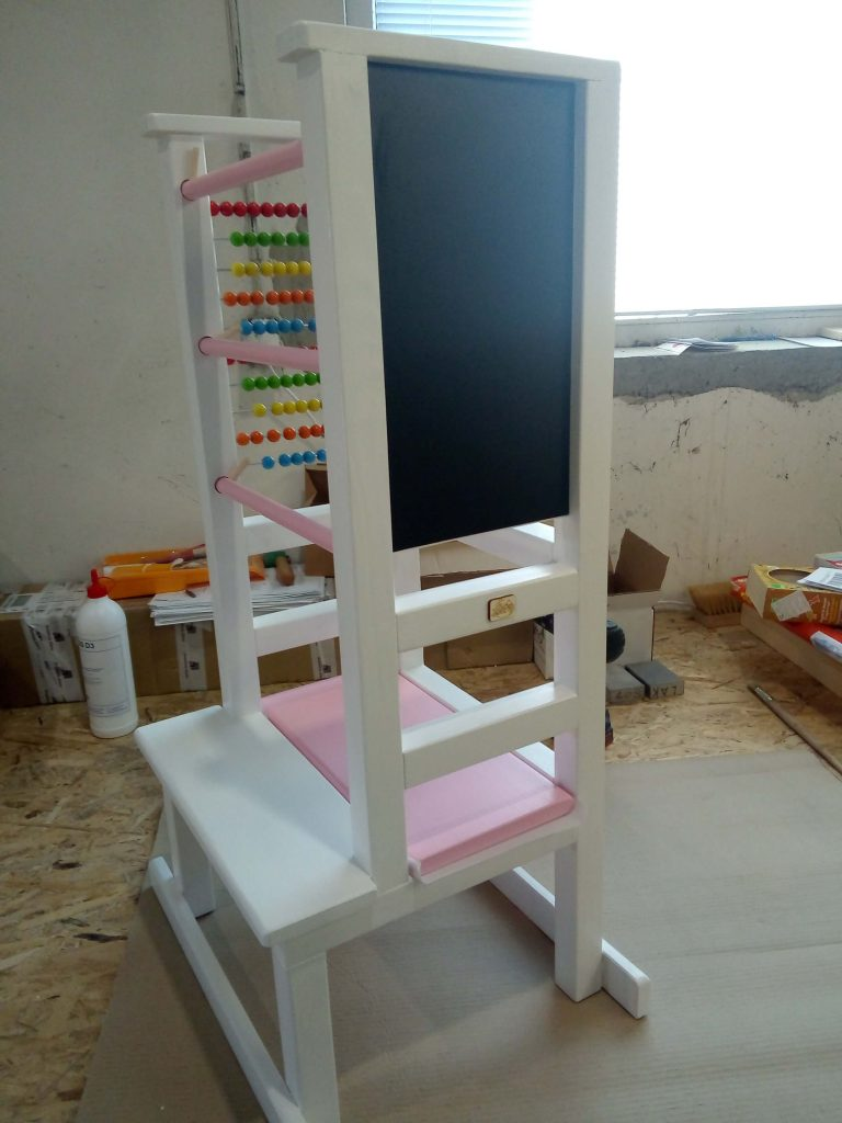 White Tukataka Learning tower